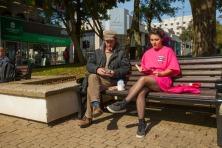 Bram Thomas Arnold, The Park Bench Reader 2017, photo Rod Gonzalez